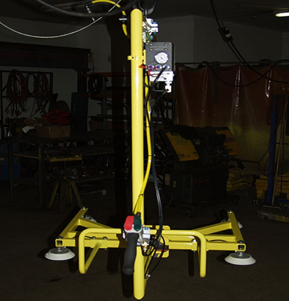 C Bale vacuum lifter with manual rotation